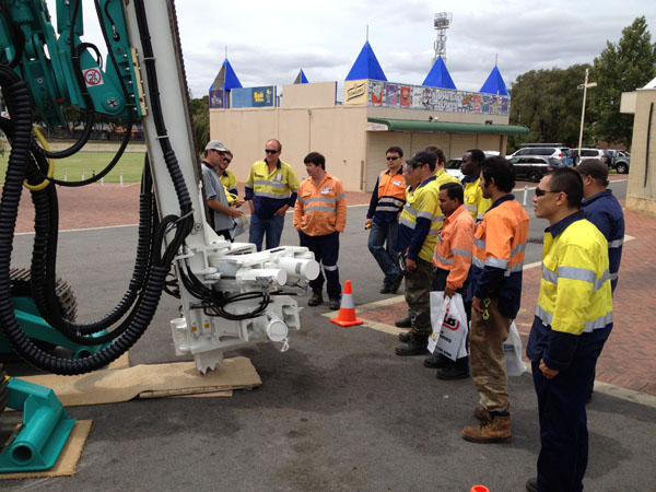 Grande En Acier Pour Pilotis Assisté Exposition Minière d'Australie-Occidentale En Australie