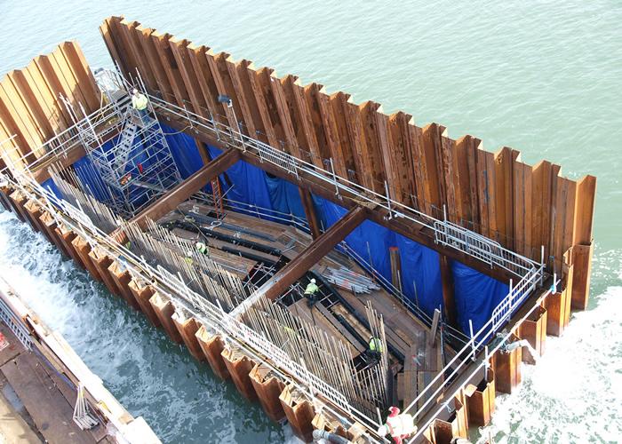 Palplanches en construction